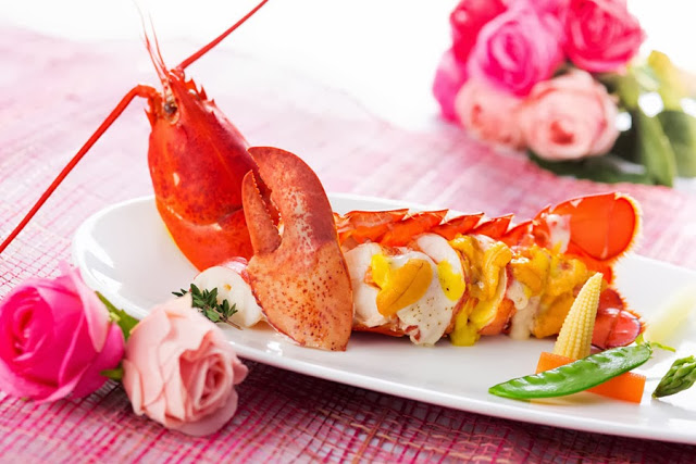 """""""VALENTINE'S DAY"""" DINER BUFFET AND ROOM PACKAGE AT THE HARBOURVIEW"""