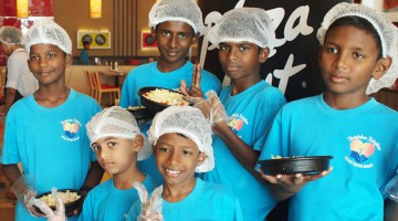 GROOMING CULINARY STARS AT PIZZA HUT