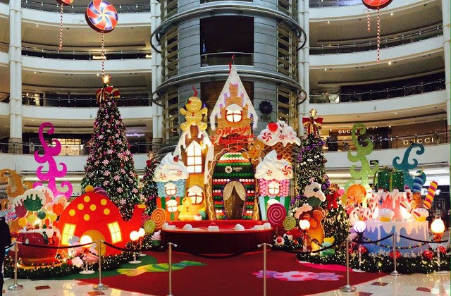 SWEET CHRISTMAS WITH SURIA KLCC