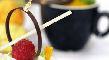 ENJOY A TREAT DURING ADMINISTRATIVE PROFESSIONALS' WEEK AND STAND A CHANCE TO WIN S$2000 CASH