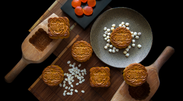 LI YEN PRESENTS A BEAUITFUL MID-AUTUMN FESTIVAL  WITH EXQUISITE HANDCRAFTED MOONCAKES