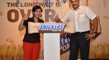 Malaysians Can Now Survive the Long Waits with SNICKERS Oats