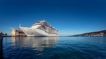 Regent Seven Seas Cruises wins Best Luxury Cruise Line – Asia Pacific, at the Travel Weekly Asia Readers' Choice Awards 2018