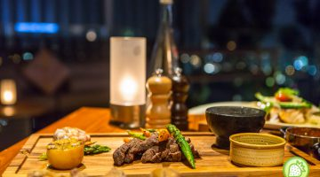 PJ Bar & Grill , New World Hotel Petaling Jaya: Dining With a Great View